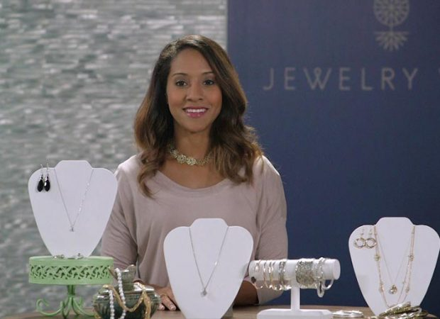Jewelry Wise – What Jewelry to Wear on a Night Out